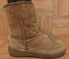 CUTE!❤️ Original UGG Australia Rugged Short Boots Chestnut Brown Women's Sz 4