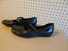 Womens Lifestride shoes - Ditto - size 6.5 - black