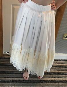 Romantic cream cotton and lace can - can petticoat