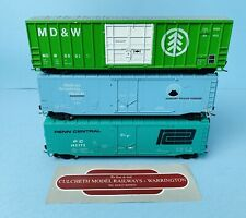 ATHEARN 'HO' SCALE 3X US BOX CAR WAGONS 'PENN CENTRAL/MD&W/VOLCLAY' ALL UNBOXED