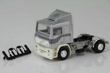 Albedo Volvo F12 Intercooler Zugmaschine silbermetallic/weiß /AL168-1