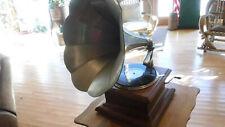 Columbia Outside Horn Mahogany Graphophone MT-5758
