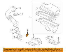 JAGUAR OEM 98-03 Vanden Plas 4.0L-V8 Air Cleaner Intake-Mount Insulator EAC8130