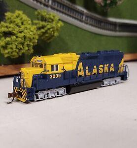 Bachmann N Scale ALASKA RR EMD GP40 Diesel Loco #3009. Analog DC. NEW!