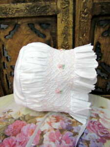 Will'beth Smocked Embroidered White Pink Infant Girls Baby Bonnet 0-3 NWT Dolls
