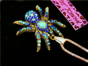 Betsey Johnson Fashion Jewelry inlaid Rhinestones Spider Pendant Necklace