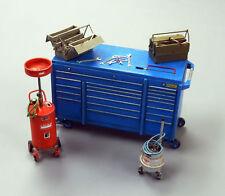 Plus Model Garage Equipment Werkstattzubehör Diorama Resin Teile 1:35 Art. 497