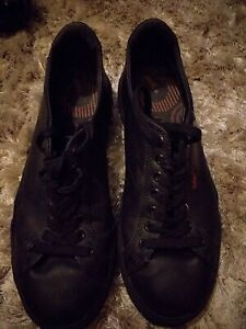 KICKERS BLACK LEATHER FLAT SHOES/TRAINERS/SNEAKERS SIZE UK 5 EUR 38 UNISEX