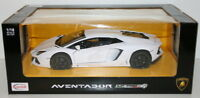 Rastar 1/18 Scale Metal Model - 61300 Lamborghini Aventador LP700-4 - White