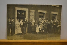 CP ANCIENNE - PHOTO CARTE - CAFE  FETE A OUGREE  11 JUILLET 1910