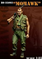 1/35 scale resin model kit Mohawk US soldier carrying an M-14.
