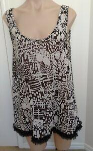Jeanswest Womens Tunic Top Size 14 Black & White Frill Hem Floatie Sleeveless