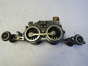 LIONEL 1835E, 385E ENGINE MOTOR CHASSIS, FRONT , REAR TRUCKS E UNIT NEEDS WHEELS