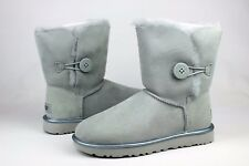 UGG BAILEY BUTTON II METALLIC ICEBERG COLOR SUEDE SHEEPSKIN BOOTS SIZE 8 US