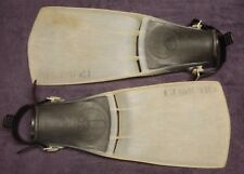 US Divers White Compro SCUBA Fins XS 5-7 (39-41) diving swimming USD Aqualung