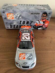2004 1:24 Action Tony Stewart Home Depot 25th Anniversary Diecast Car