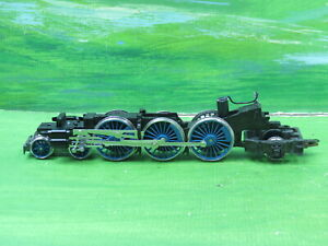 Hornby Class A4 loco 4-6-2 rolling chassis with blue wheels (Coronation class)