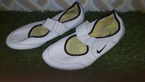 Retro Nike Air White Leather Running Trainers unisex UK 4 uk - 2007 MODEL