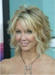 Hot Style Wig New Fashion Glamour Women's Short Blonde Wavy Natural Wigs Hair