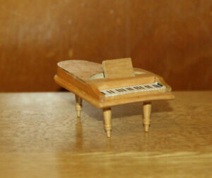 Dolls' House Miniatures - Pine wooden grand piano
