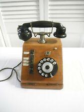 Ancien téléphone en bois PICARD LEBAS. Rare car fonction standard chauteaux vin
