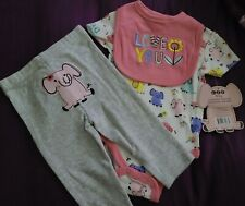 Infants 3-6 month Girls Short sleeve one piece, pant, and Bib Set