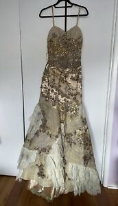 NWT Jianini Haute Couture Gorgeous Embellished Sequined Evening dress Size 12