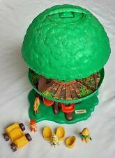 Acorn Green Tree House - Tomy 1980's - Figures x3 Rare Retro Toy