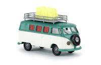 VW Camper T1b mit Kanister patinagrün/weiß, H0 Auto Modell 1:87, Brekina 31590