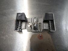 8545 B1I 2005-2011 VW FOX REAR BOOT LOCK TAILGATE STRIKER PLATE 5Z6827517E