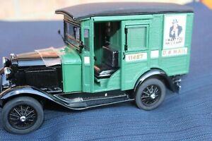 DANBURY MINT 1931 U.S. MAIL TRUCK - 1/24 DIECAST MODEL CAR