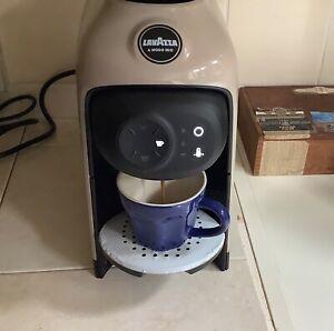 Lavazza A Modo Mio Idola Espresso Coffee Machine,