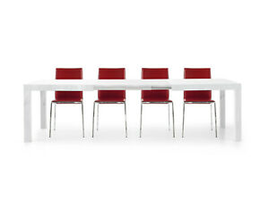 Table 1657 Extensible White CMS 160x90x77H Closed