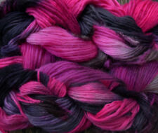 Pure wool yarn Iceland bulky weight, hand dyed gray and fuchsia,  2 skeins