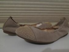 Paul Green munchen Taupe/Gold Flat Shoe @ $196.00