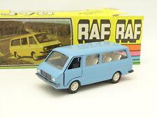 NovoExport USSR 1/43 - RAF 2203 Bus Bleu