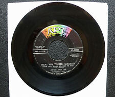 """7"""" Angie & The Chicklettes - Treat Him Tender, Maureen (Ringo) - USA APT Beatles"""