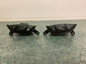 Jaguar X Type Cruise Control Buttons and Radio Volume Buttons (BW)