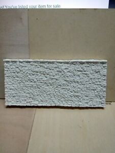 (HO/N Scale)Cut Stone Retaining Wall - Small Blocks -