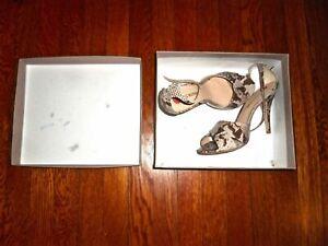 Pour La Victoire Snake Kalina Genuine Italian Leather Heeled Pumps 10 M