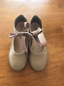 Girls capezio tyette tap shoes tan Size 11 W