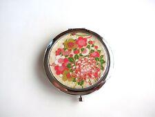 Miroir de poche rond recouvert de papier washi au motif de fleurs (chrysanthème)