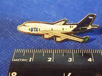 OLD UTA AIRLINE PIN BADGE (1963-68?)