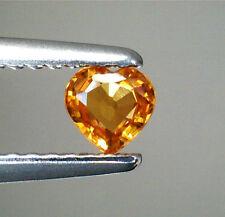 Gioielli e gemme di zaffiro arancio
