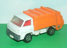 1/72 Scale Mitsubishi Canter Trash Truck Diecast Garbage Vehicle - Tomica # 10