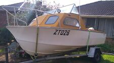 14.2ft Bellboy single hull half cabin
