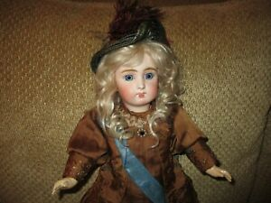 """18"""" Sonnenberg Closed Mouth German Doll - Long Face Look-A-Like"""