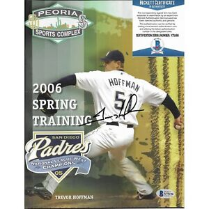 Trevor Hoffman Signed S.D. Padres Magazine 2006 Spring Traning Beckett Autograph