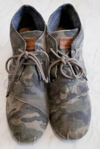 Toms Women Shoes Wedge Size W8.5 Camo Washed Desert Lace Up