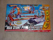Mattel Hot Wheels RARE Trick Tracks Max Stunt Pack 6 Awesome Stunts 4 cars Huge